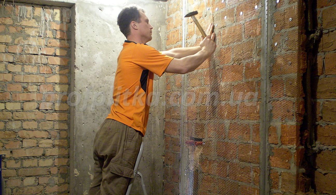 Закрепление штукатурной сетки стен своими руками