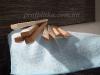 в место запланированного пластикового уголка , вставляем керамическую вставку над ванной